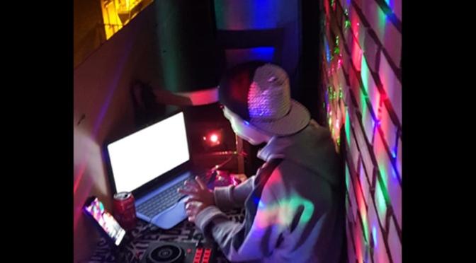 Tras los aplausos de las 20 horas, sesión de DJ