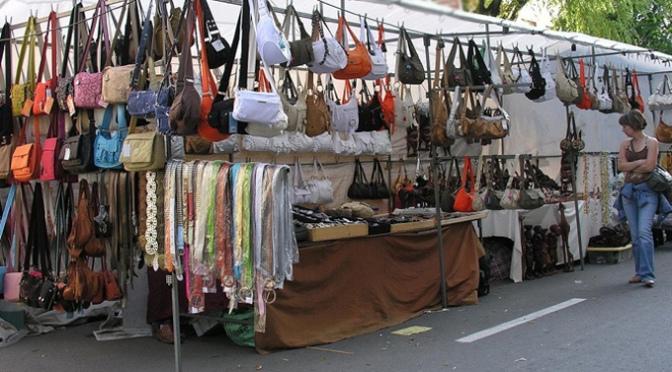 La Asociación de vendedores ambulantes del mercadillo de Calahorra piden soluciones ya