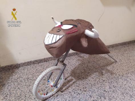 Toro de carton-1