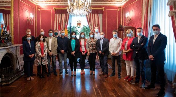 Aldeanueva de Ebro, Autol, Pradejón  Y Rincón de Soto firman el convenio para municipios de más de 2.000 habitantes