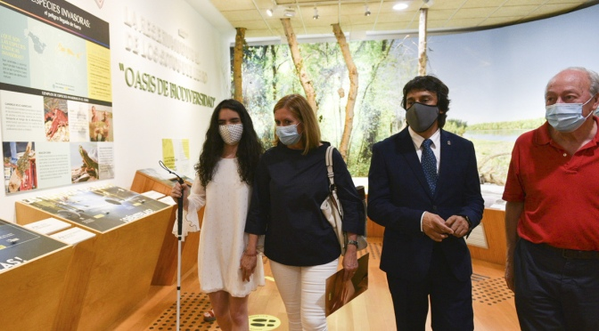 El Centro de Interpretación de los Sotos de Alfaro y sus Cigüeñas se adapta  para ser accesible a personas ciegas