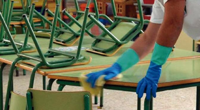 Más limpieza en los colegios municipales frente a la COVID 19