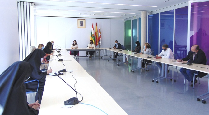 El Gobierno de La Rioja se reúne en Calahorra con las residencias de personas mayores de La Rioja baja