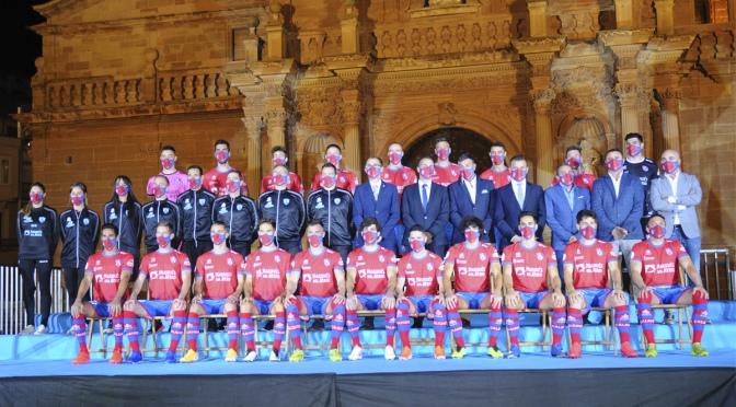 El CD Calahorra presenta sus equipaciones para la temporada 2020-2021
