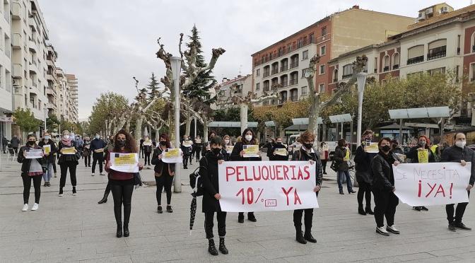 Las estéticas y peluquerías de Calahorra protestan por un IVA justo