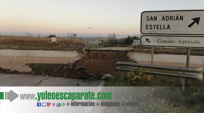 Adiós al antiguo puente  que unía la carretera vieja entre Calahorra y San Adrián