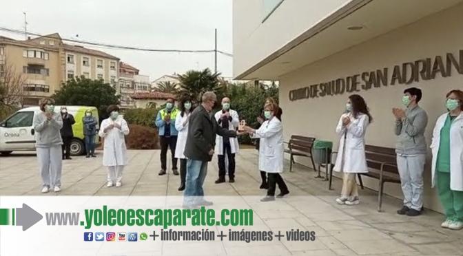 El orfeón adrianés ofrece un homenaje a los sanitarios del centro de salud de San Adrián