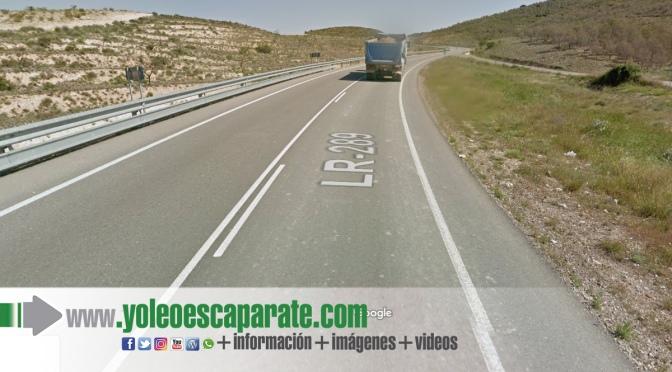 Cierre de la circulación en la LR-289 (pk8), por retirada de camión accidentado