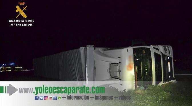 La Guardia Civil detiene a un camionero que sextuplicaba la tasa de alcohol tras sufrir un accidente en Alfaro