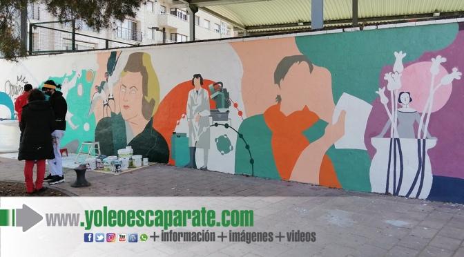 Ya va tomando forma el mural feminista de Calahorra
