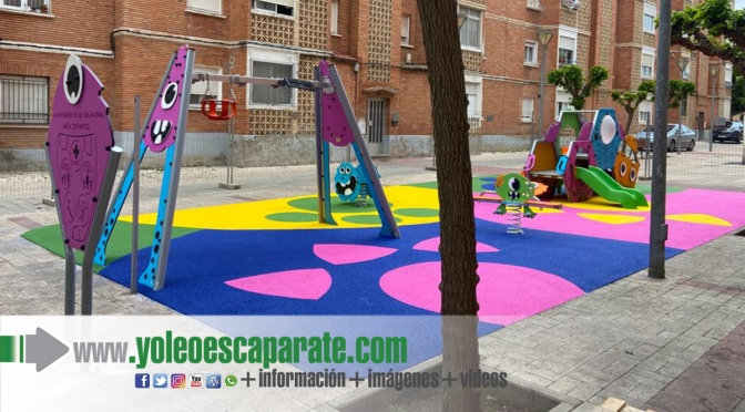 Nuevos juegos infantiles en la calle Teniente Palacio