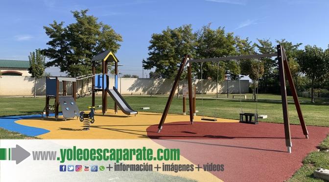 Tras las peticiones vecinales el Parque Pasarela renueva los juegos infantiles